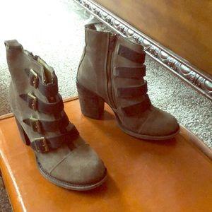 Free bird boots